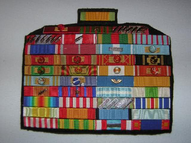 rangement ordre médailles étrangères F3isez10