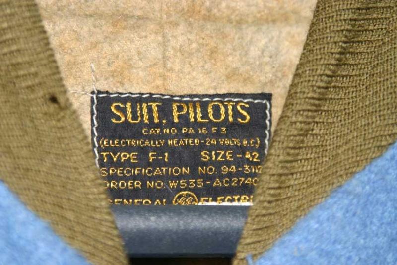 la combinaison chauffante F-1 de l'USAAF  Img_4411