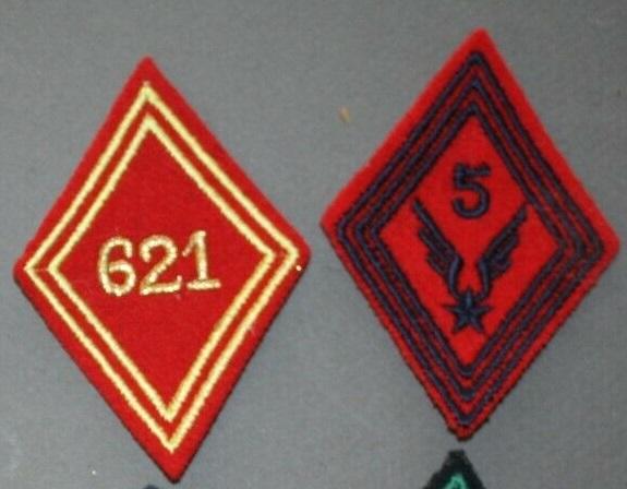 insignes modèle 1945 S-l16040