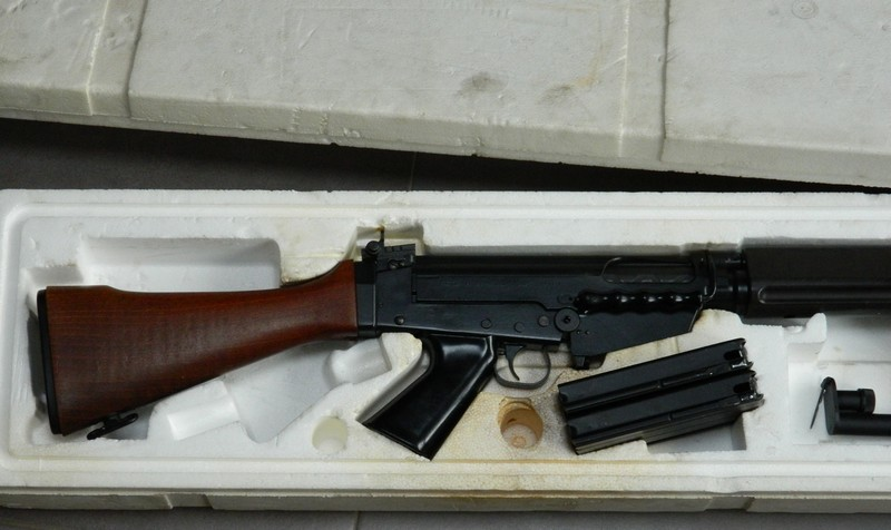 FN FAL 50.00 Boite_13