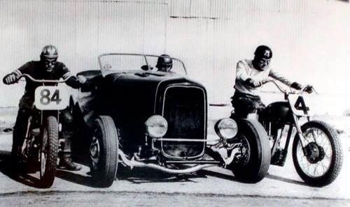 "Hot rod in street - Vintage pics - ""Photos rétros"" -  - Page 2 10113310"