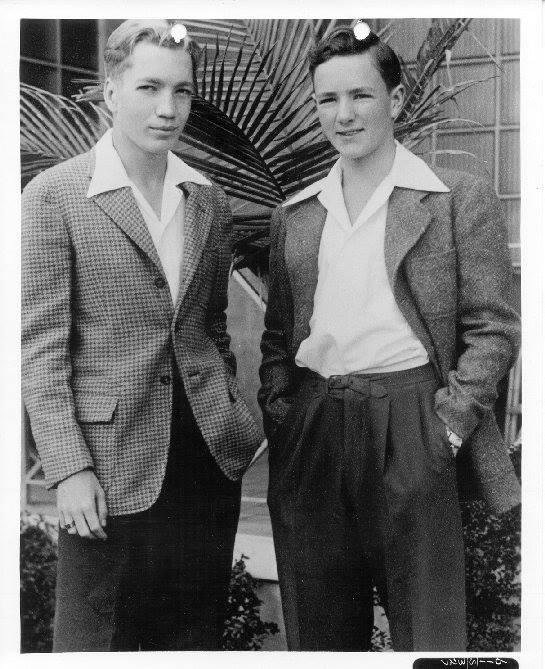 Vintage teenagers pics - Page 2 10950910