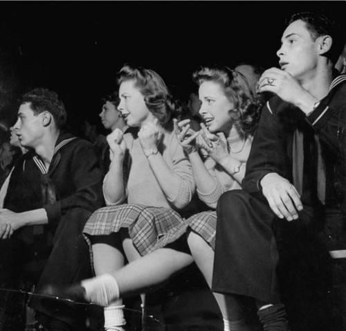 Vintage teenagers pics - Page 2 11747110