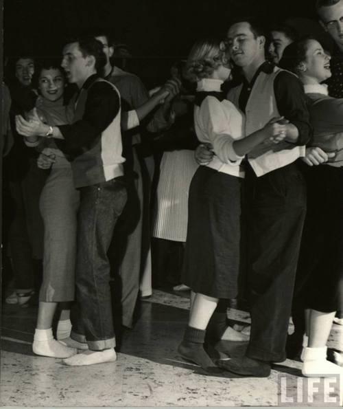 Vintage teenagers pics - Page 2 11850410