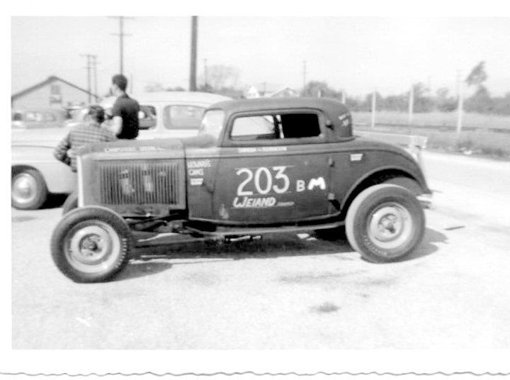 1950's & 1960's hot rod & dragster race - Page 2 29508010