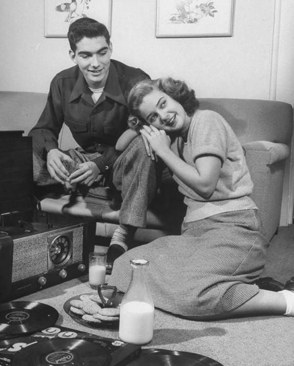Vintage teenagers pics - Page 2 99858310