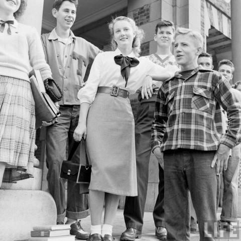 Vintage teenagers pics - Page 2 99911910