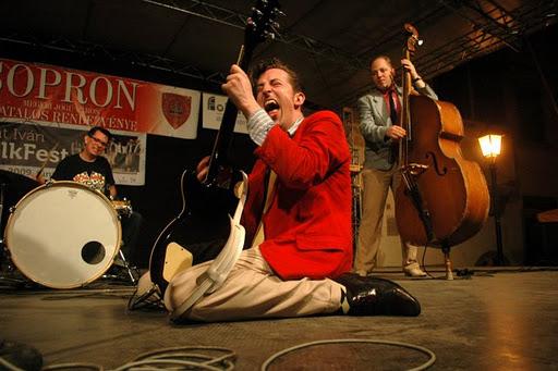 Tom Stormy Trio Azevro10