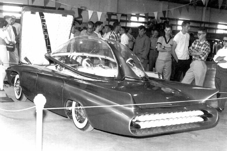 Predicta - Darrill Starbird - 1956 tbird radical bubble top custom Darryl10