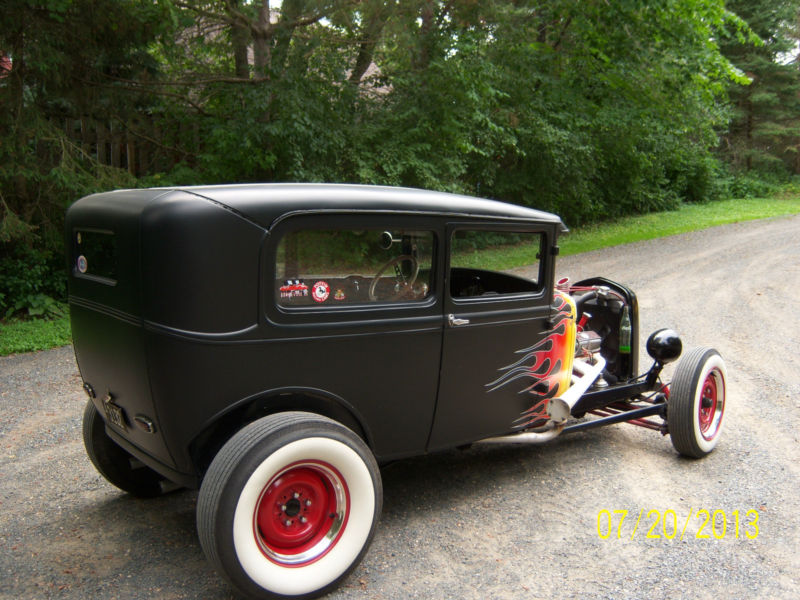 Ford 1931 Hot rod - Page 2 Kgrhqz44