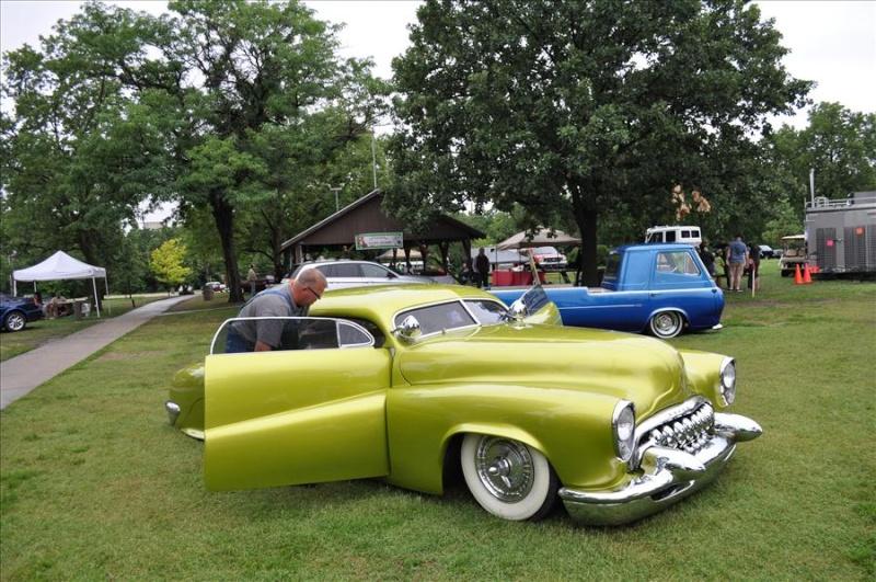 Buick 1943 - 49 custom & mild custom Koa22614