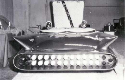 Predicta - Darrill Starbird - 1956 tbird radical bubble top custom Photo_12