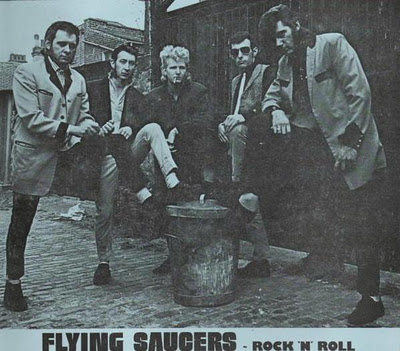 Sandy Ford & the Flying Saucers Sssss10