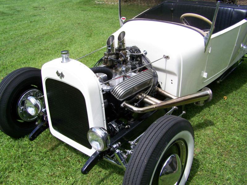 Ford T hot rod (1908 - 1927) - T rod T2ec1111