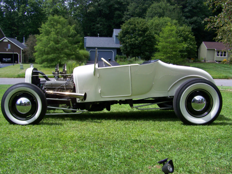 Ford T hot rod (1908 - 1927) - T rod T2ec1115