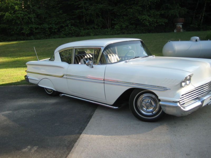 Chevy 1958 custom & mild custom - Page 3 T2ec1144