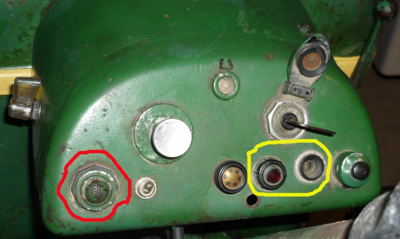 Lampe témoin de charge F2L612 P1080912