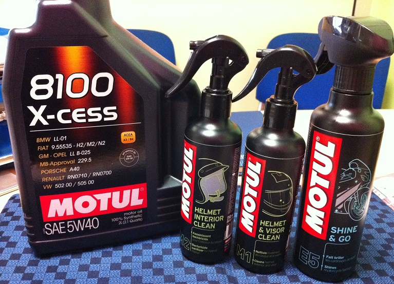 Scream69 et son Mp3 400IE Sport LT  - Page 4 Motul10