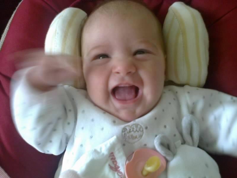de retour avec bébé espoir née le 14 juillet 2013 à 36 semaines ma vie retrouve le soleil cacher par les larmes mon étoiles de vie me souris ( vivre la naissance d'un enfant est notre chance la plus accessible de saisir le sens du mot Miracle) 55303411