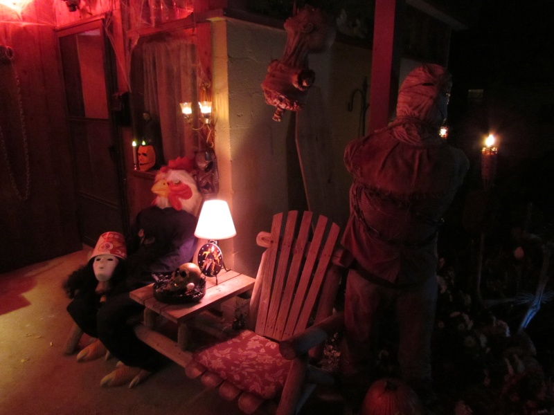 HALLOWEEN - The Chickenshack House of Horror - Page 5 74910