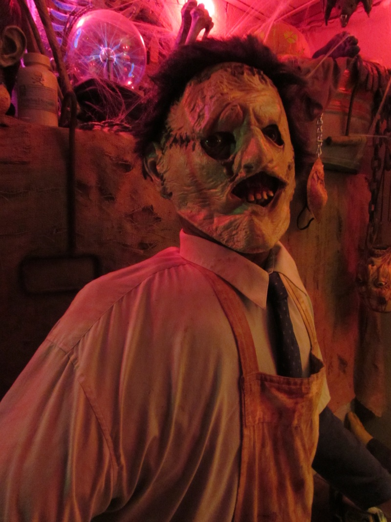 HALLOWEEN - The Chickenshack House of Horror - Page 5 76110