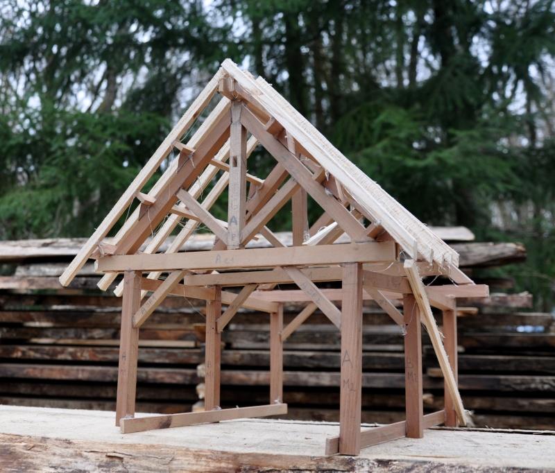 construction d'un abri en charpente 11510