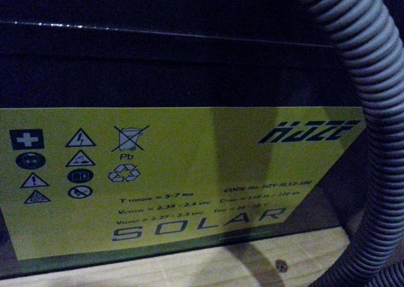 Changement batterie Gel par AGM sur Adria 2013 20141113