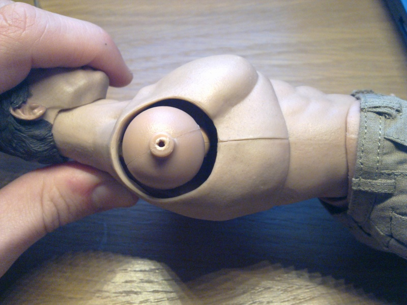 REPARATION : Hot Toys Body - Page 2 17022010