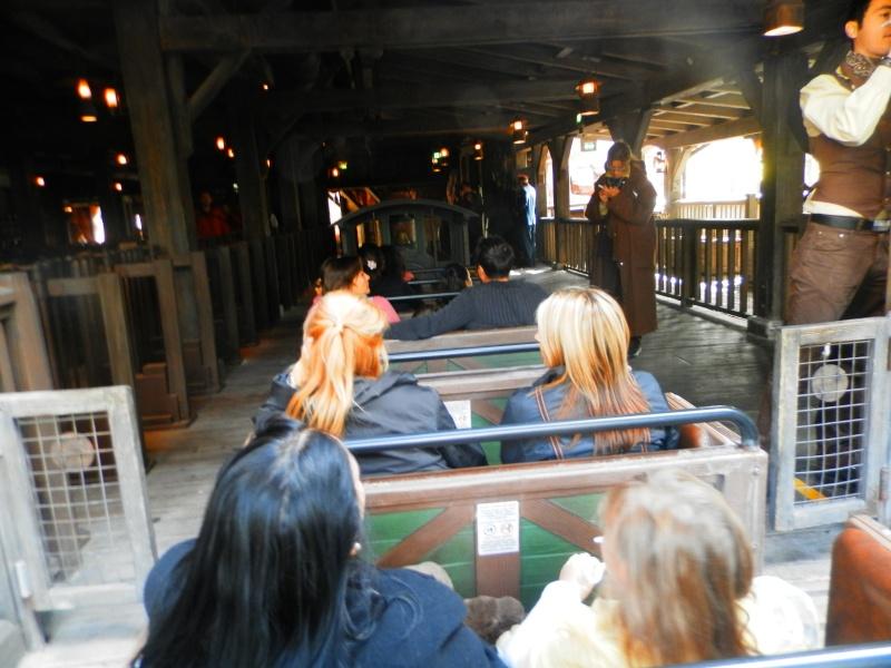 Trip Report séjour au Disneyland Hotel 15 au 18 septembre on continue! ! ! - Page 2 P9160028