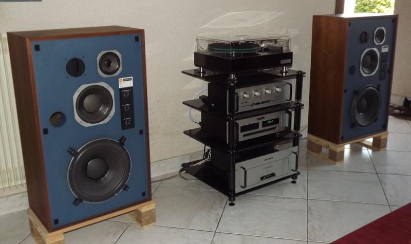 JBL monitor + tubes = Bonheur... Dscf1013