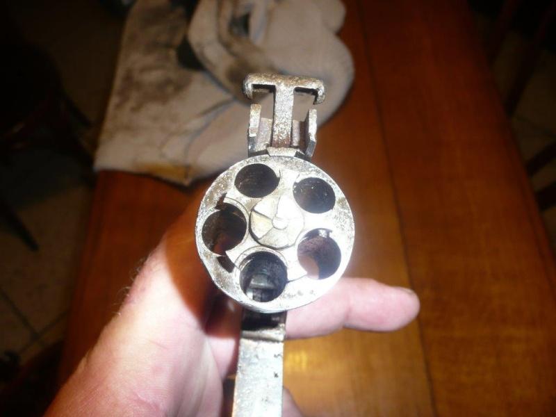 identification revolver français 106_110