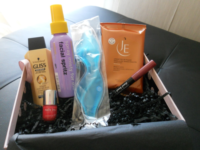 """[Août 2013] Glossybox """"Sun Kissed"""" - Page 4 Dscn3811"""