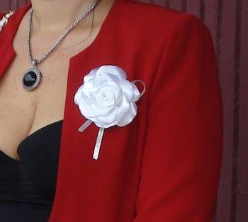 Казанши - цветы из лент Dsc01410