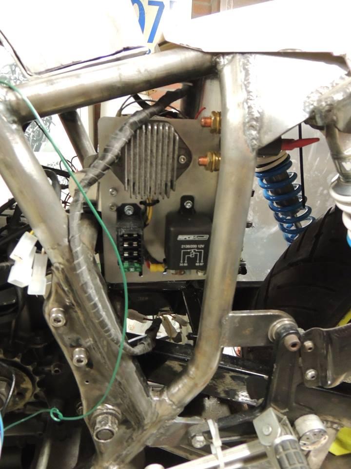 Suzuki gs1000r xr69 endurance replica - Page 7 10730910