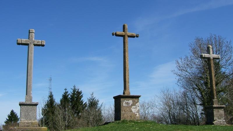 FIL ROUGE : Les croix - Page 2 Dscf5211