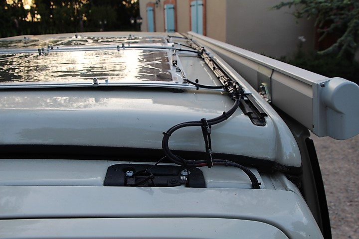 Panneau solaire semi mobile Img_2610