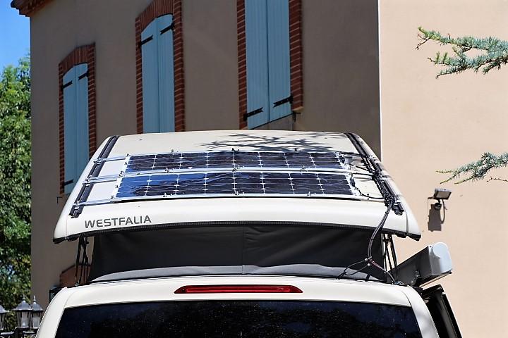 Panneau solaire semi mobile Img_2611