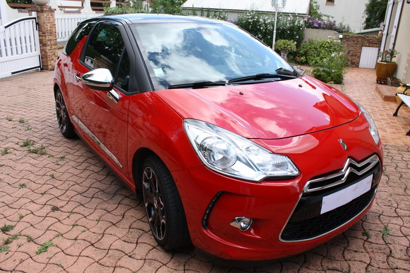 Vend DS3 E-HDI 110 Sport Chic rouge Aden toit Onyx  Img_5513