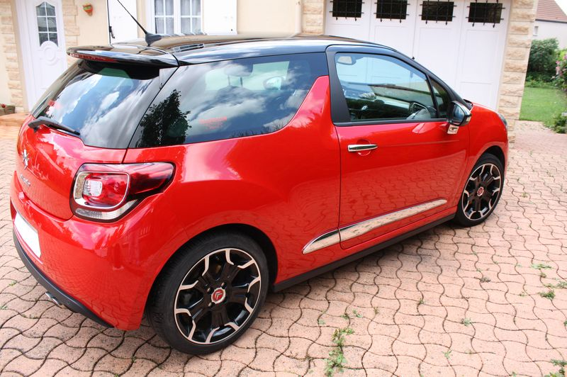 Vend DS3 E-HDI 110 Sport Chic rouge Aden toit Onyx  Img_5514