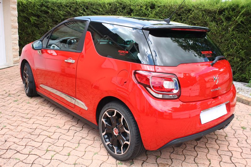 Vend DS3 E-HDI 110 Sport Chic rouge Aden toit Onyx  Img_5516
