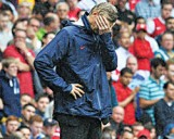 Arsenal fans want Wenger's contract talks stopped Wenger11