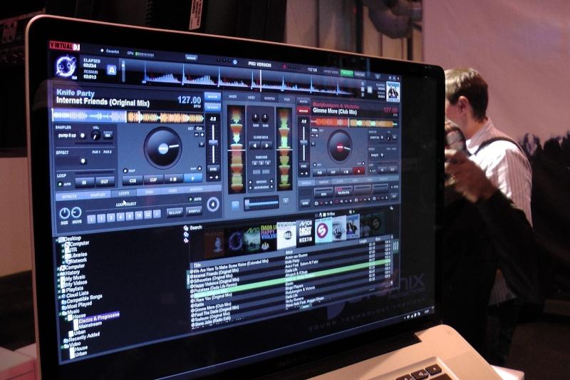 Virtual DJ 8: Revealed Sandbox  Virtua10