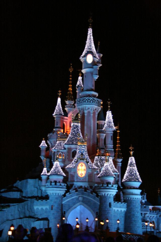 Vos photos nocturnes de Disneyland Paris - Page 2 Main_s10