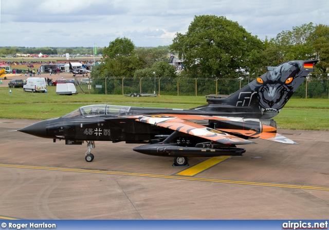 panavia tornado IDS - force aérienne allemande - tiger meet 2011 (kit revell 1/72) 24402m10
