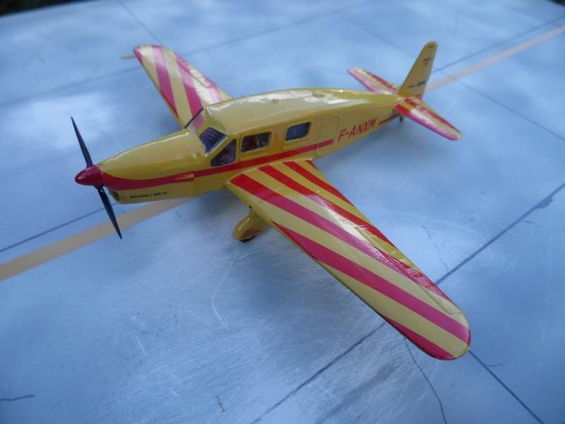 "Caudron C-635 Simoun "" raid Paris-Tokyo "" ( kit heller 1/72 ) Sam_0213"