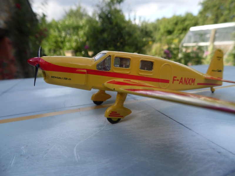 "Caudron C-635 Simoun "" raid Paris-Tokyo "" ( kit heller 1/72 ) Sam_0214"