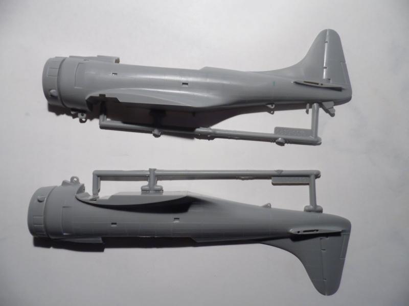 A-24 banshee (kit revell - 1/48 du sdb dauntless ) Sam_0222