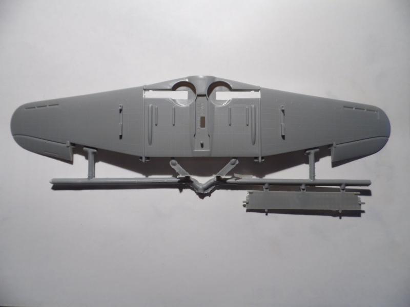A-24 banshee (kit revell - 1/48 du sdb dauntless ) Sam_0223