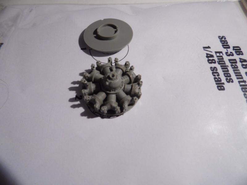 A-24 banshee (kit revell - 1/48 du sdb dauntless ) Sam_0342