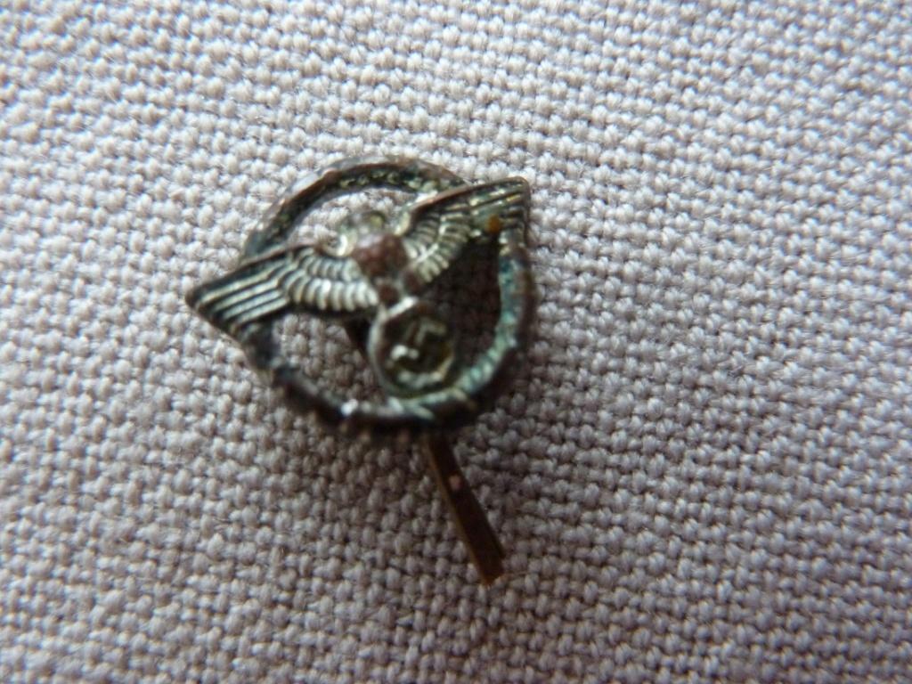 Rappel de 3 décorations Militaire  P1320714